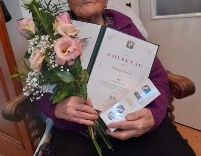 Somogyi néni 90 éves