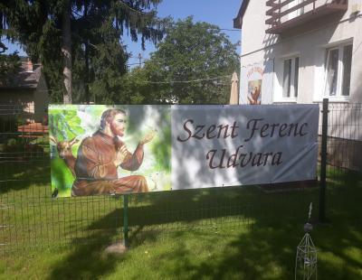 Szent Ferenc Udvar