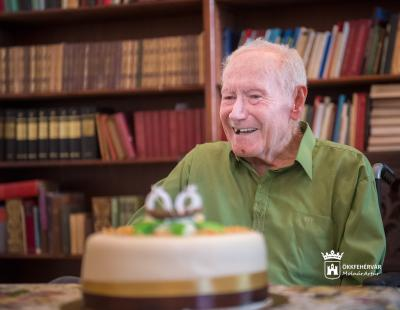 Csepeli József 90 éves
