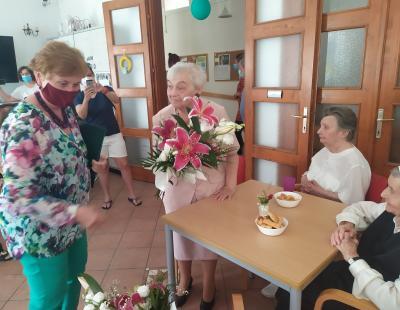Sütő Sárika köszöntése 90 éves