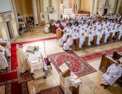 Papszentelés és jubiláns atyák köszöntése